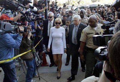 Lindsay Lohan In Court Again