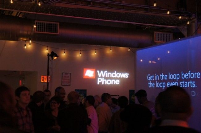 Microsoft Takes Windows Phone 7 on the Road